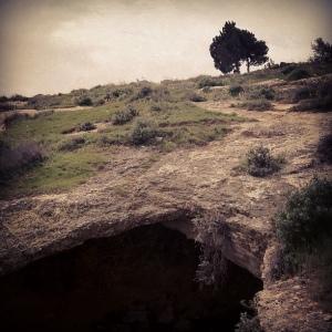 Shepherd's_cave